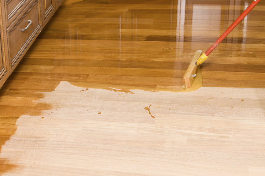 applying polyurethane on hardwood floor