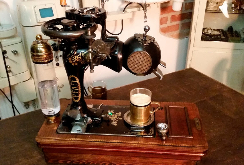 Steampunk Coffee Machine - Pfaff Espresso 1900