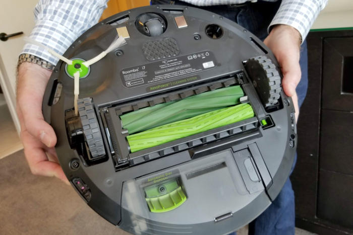 roomba The rubber brushes